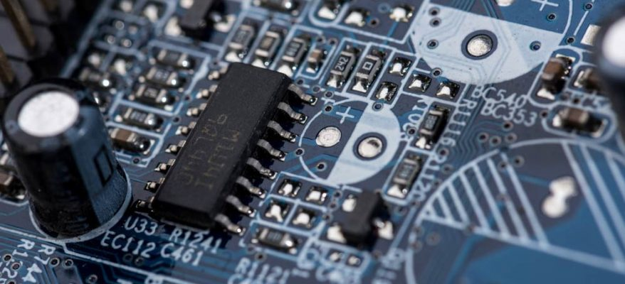 laurea in ingegneria elettronica e telecomunicazioni